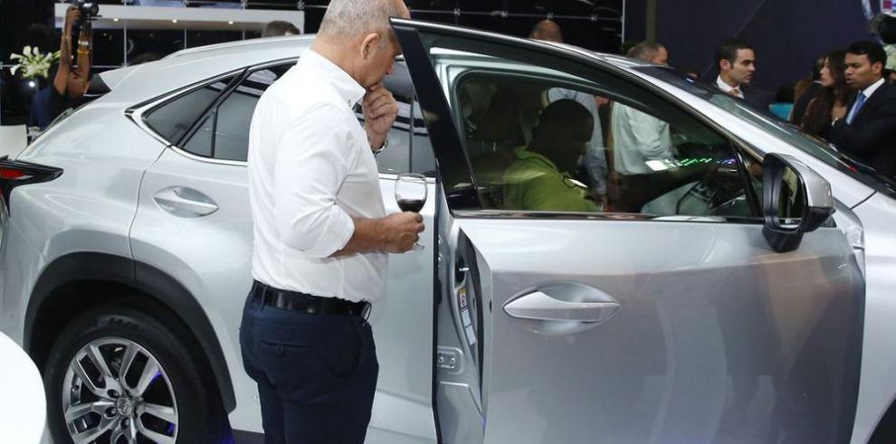 Debut del SUV compacto de Lexus