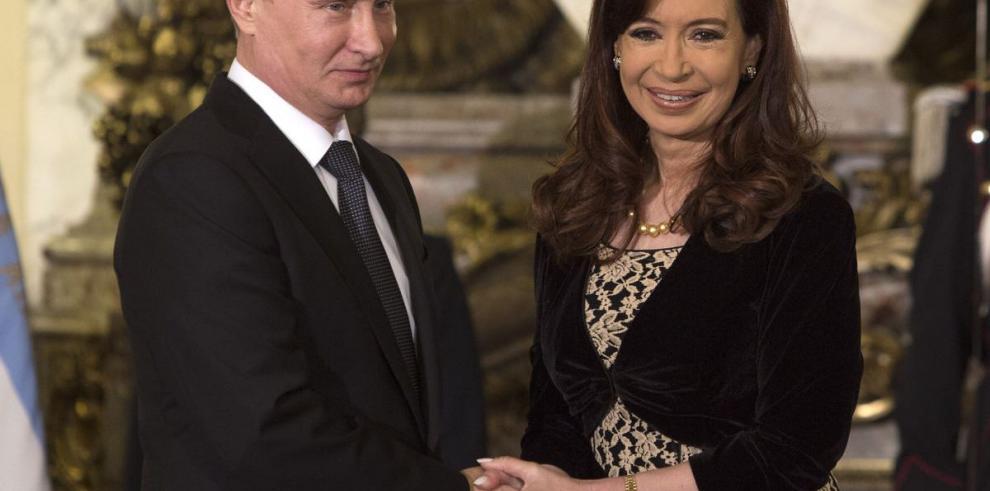 Putin visita Argentina para firma de acuerdos