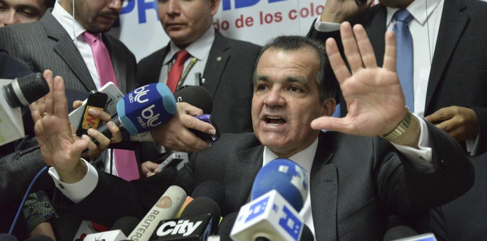 FARC: Zuluaga debe esperar segunda vuelta para opinar