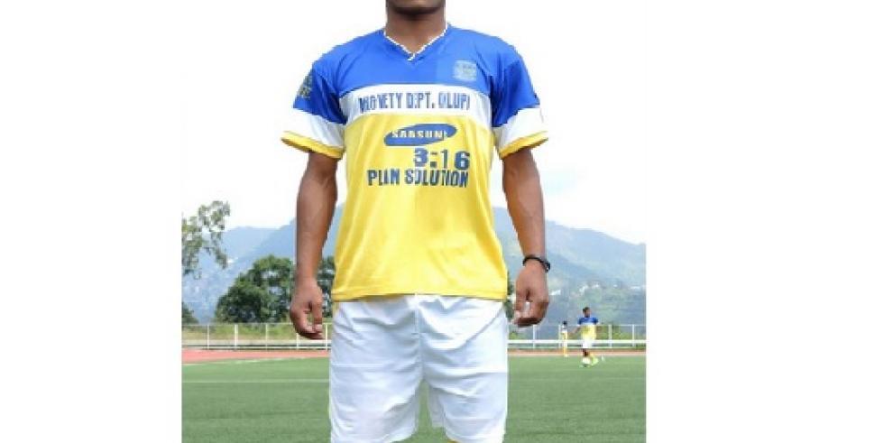 Muere jugador de fútbol en la India al celebrar un gol con varias piruetas