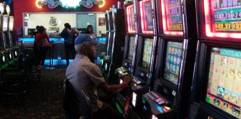 Gobierno cerrará en los próximos días casinos clandestinos