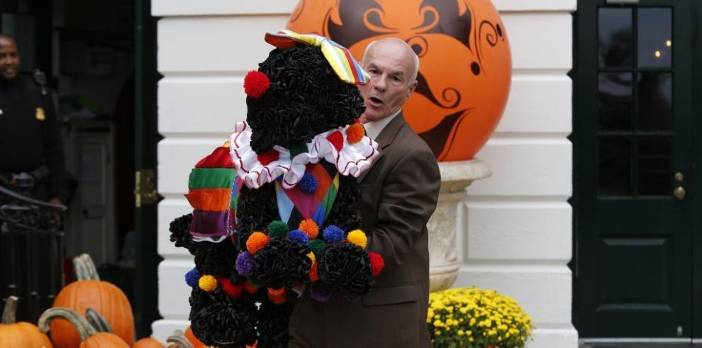 La Casa Blanca decorada en Halloween