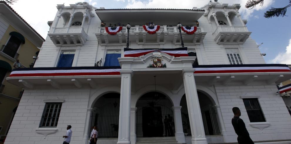 Gobierno presenta programa paraconmemorar efemérides patrias