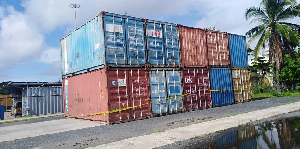 La Dirección Nacional de Cuarentena Agropecuaria del MIDA, mantiene retenidos varios contenedores procedentes de Sudáfrica con maquinarias usadas.