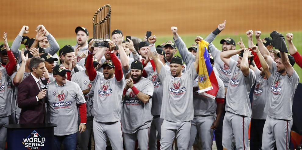 Los Nacionales conquistan su primera Serie Mundial, tras ganar cuatro partidos fuera de casa