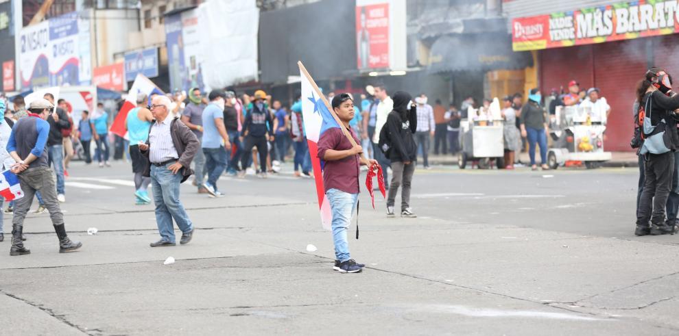 Protestas contra reformas constitucionales