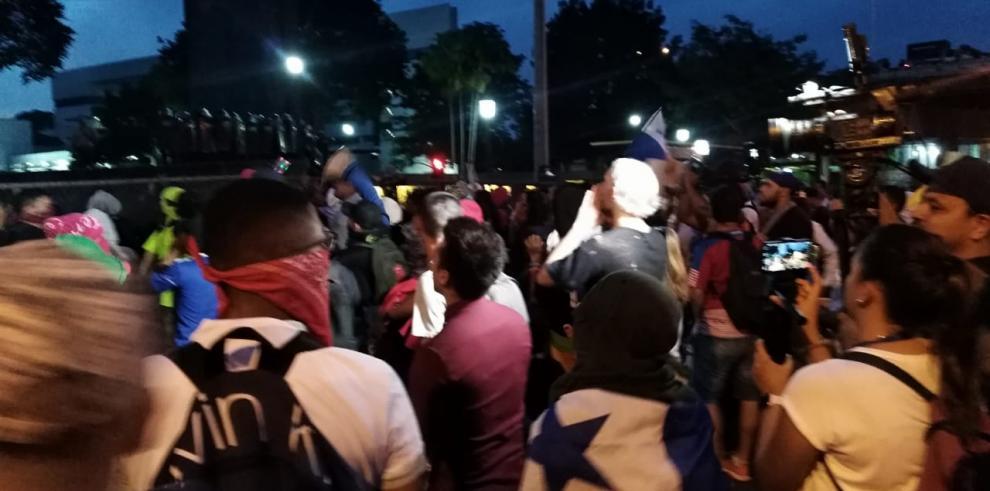 Protesta contra las reformas a la Constitución.