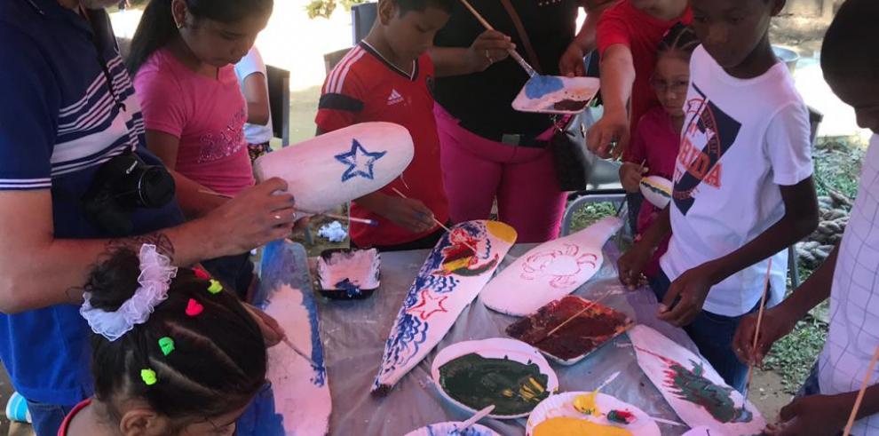 Cuidan el ambiente y desarrollan su talento en las artes plásticas
