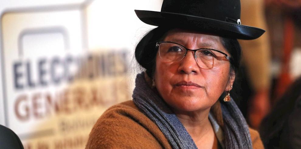 María Eugenia Choque Quispe, mientras presenta el calendario para las elecciones generales de octubre en Bolivia.
