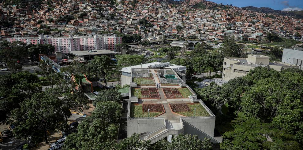 Un aula verde en el tejado, la apuesta venezolana contra la crisis climática