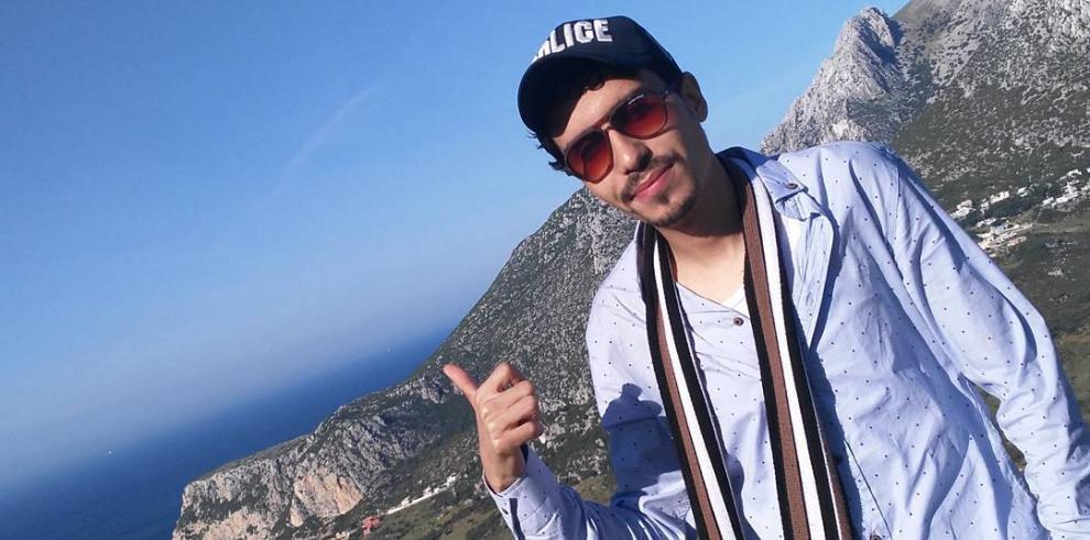 Youtuber marroquí que responde al alias de