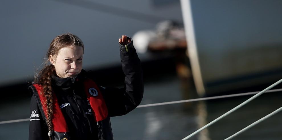 Greta Thunberg vuelve a Europa con la bandera de los jóvenes