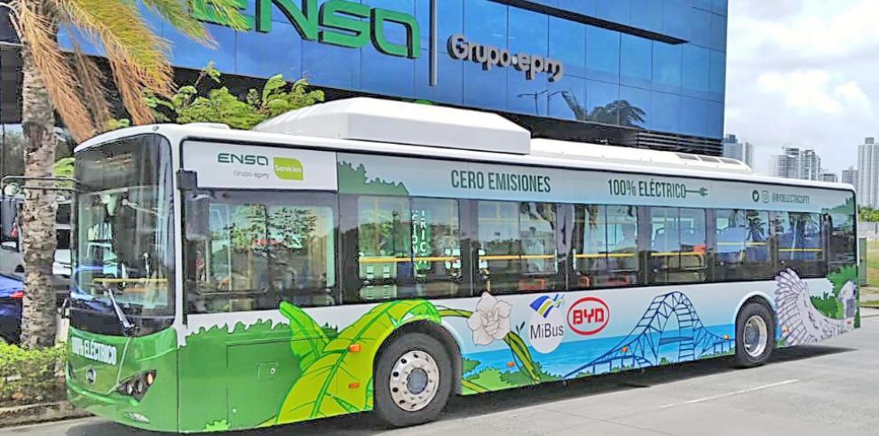 En agosto de este mismo año, la empresa china BYD, el líder mundial en la producción de vehículos eléctricos, junto con Mi Bus, inauguró los primeros buses eléctricos en Panamá