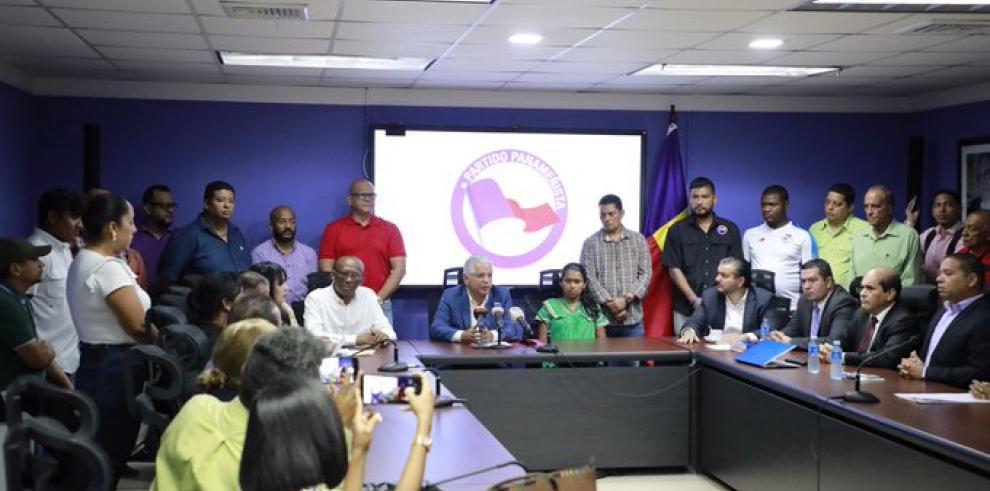 Panameñista denuncia el despido de 10 mil funcionarios