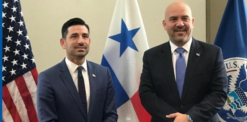 El ministro de Seguridad Pública, Rolando Mirones, en reciente visita a Washington, sostuvo conversaciones con Chad F. Wolf, secretario interino de Seguridad Nacional de los Estados Unidos.