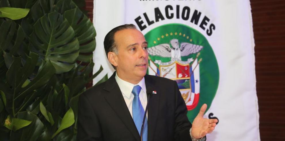Alejandro Ferrer, canciller