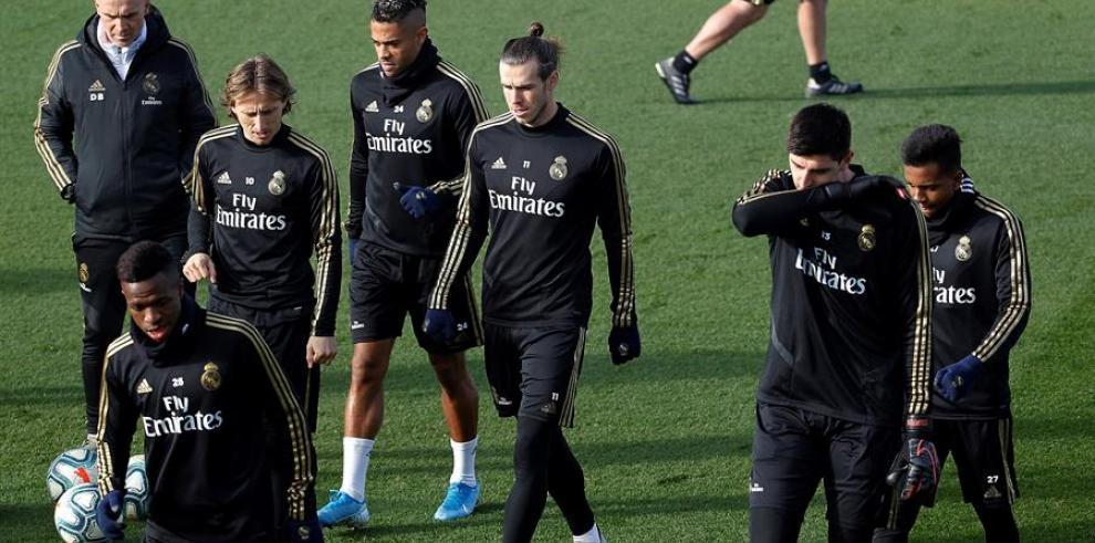 El delantero galés del Real Madrid, Gareth Bale (c)