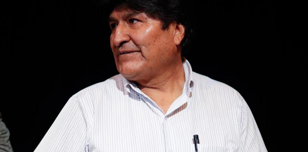 El expresidente de Bolivia Evo Morales durante una rueda de prensa hoy martes en la Ciudad de Buenos Aires, (Argentina).