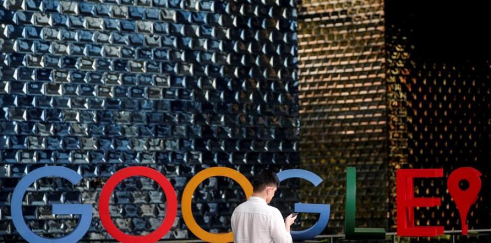 Francia multa a Google con 150 millones euros por reglas opacas en publicidad.