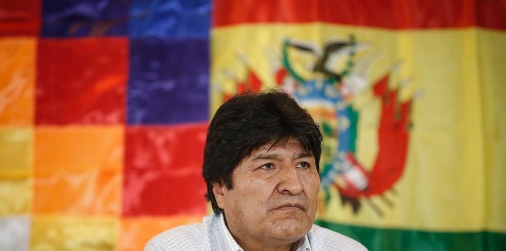 El expresidente de Bolivia Evo Morales preside una reunión del Movimiento al Socialismo (MAS) este domingo en Buenos Aires (Argentina).