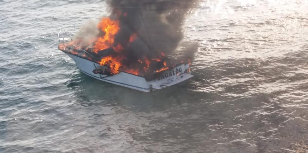 yate incendiado senan 2019