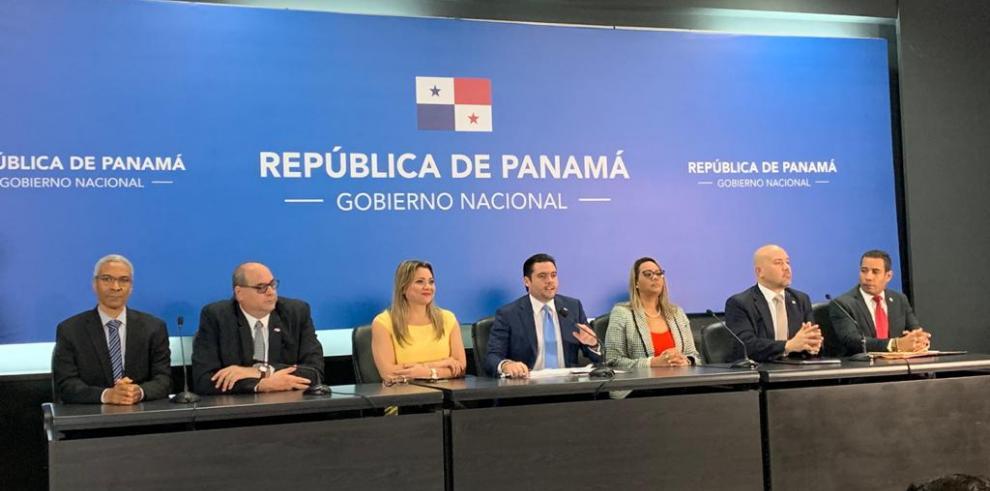 Conferencia de prensa en la Presidencia de la República