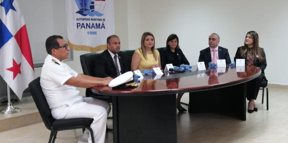 En el lanzamiento se hicieron presentes autoridades del Ministerio de Trabajo, de la AMP, así como universidades y asociaciones participantes de este programa.