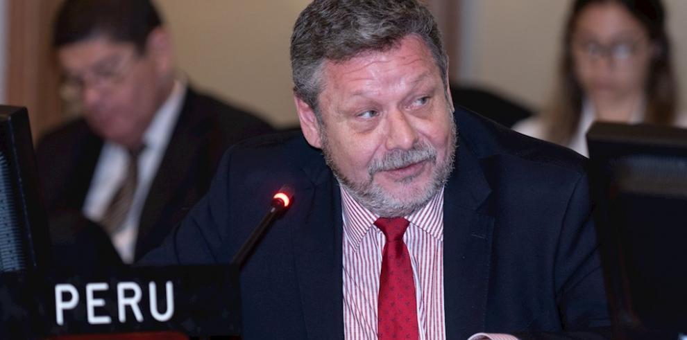 José Manuel Boza, Perú