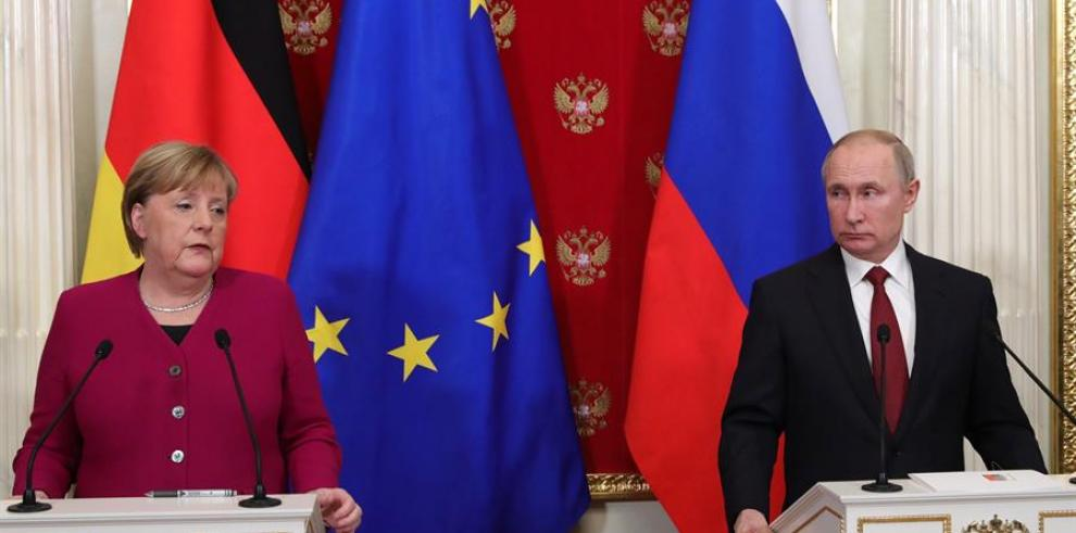 Putin y  Merkel Alemania, Rusia