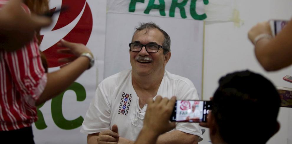 Fotografía facilitada del presidente de la Fuerza Alternativa Revolucionaria del Común, Farc, Rodrigo Londoño.