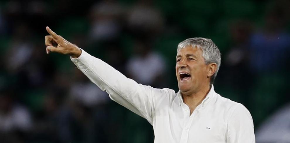 Quique Setién, como entrenador del Betis durante un partido ante el Espanyol