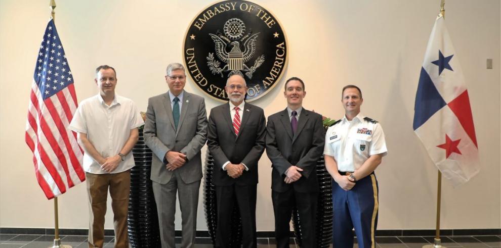 Visita a Panamá del Subsecretario Adjunto de Defensa de EE.UU. refuerza relaciones de seguridad bilateral