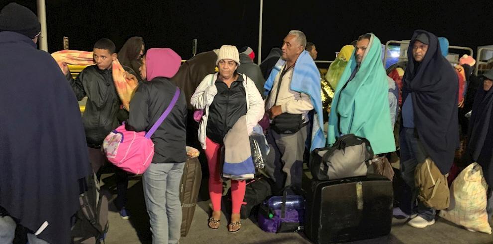 Perú tiene actualmente más de 863.000 venezolanos con permanencia legal en el país y unas 350.000 solicitudes de refugio, cerca de la mitad de las peticiones presentadas por los venezolanos alrededor del mundo, indicó este miércoles a Efe el director de C