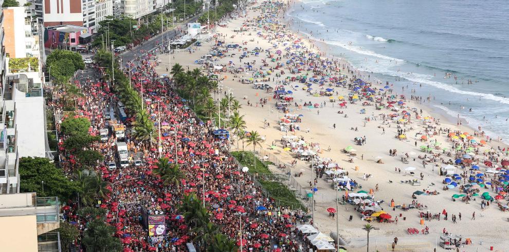 Cientos de bandas anticipan el Carnaval en Río de Janeiro y en todo Brasil