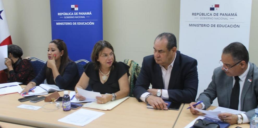 Ministra Maruja Gorday de Villalobos