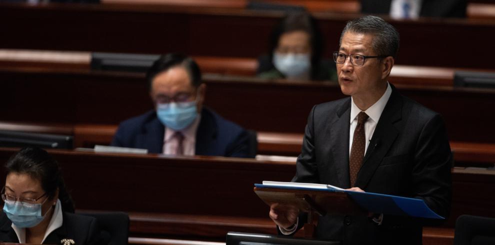 Secretario de Finanzas del Ejecutivo de Hong Kong, Paul Chan,