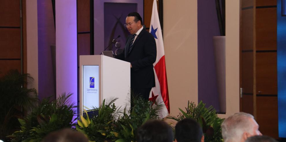 Superintendente de Bancos de Panamá, Amauri Castillo