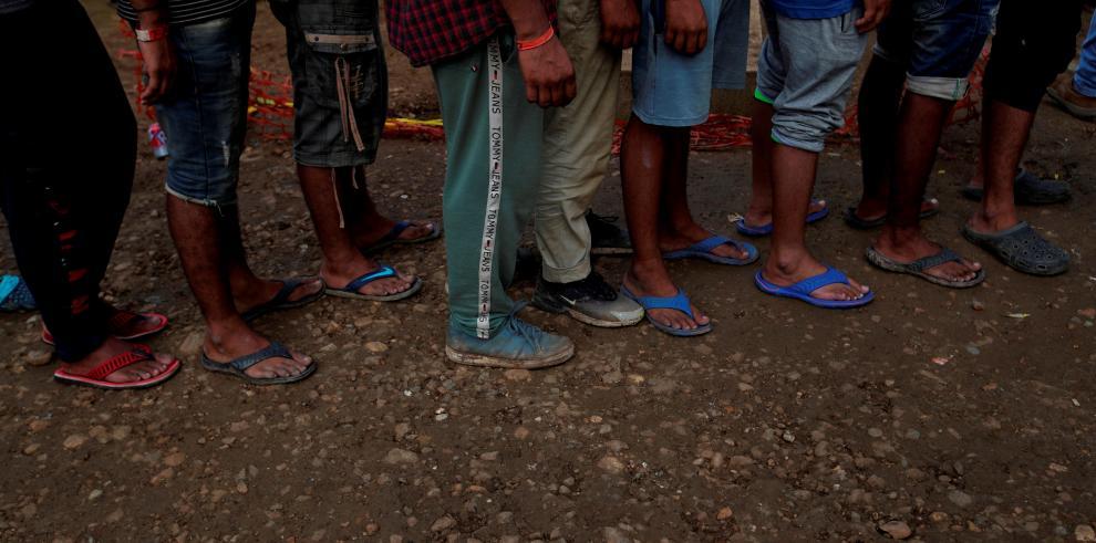 La selva darienita, de 580.000 hectáreas de extensión, es un paso de droga, pero sobre todo se utiliza para el tráfico de personas que quieren llegar hasta Estados Unidos o Canadá huyendo de sus países.
