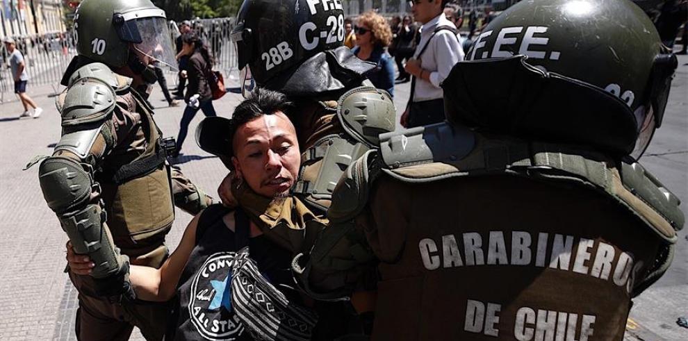 Chile vive la agitación social más grave desde el fin de la dictadura de Augusto Pinochet (1973-1990)