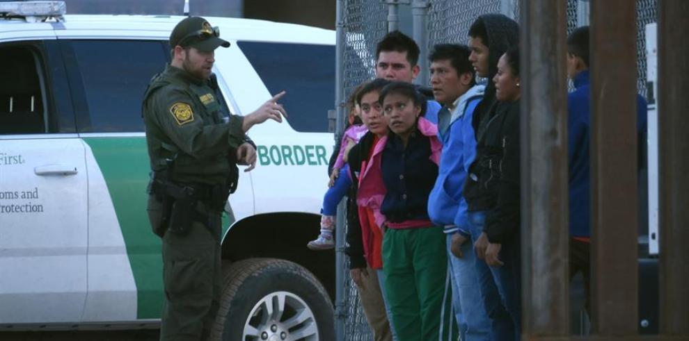 Dan positivo por coronavirus 68 menores migrantes bajo custodia de EE.UU.