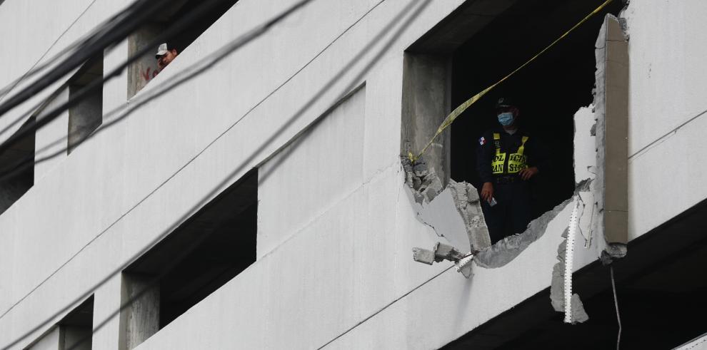 Fallece una mujer tras caer desde el estacionamiento del edificio Bay View