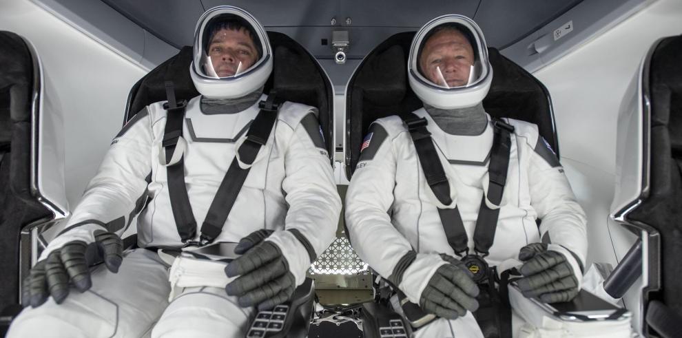 Astronautas Douglas Hurley y Robert Behnken