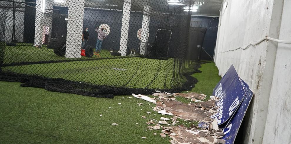 El Instituto Panameño de Deportes inspeccionó el estadio Rod Carew con la finalidad de iniciar la recuperación de las áreas deterioradas.