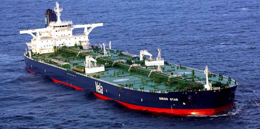 Imagen facilitada por la Naviera Estadounidense del barco de bandera libia MV Sirius Star en las costas de Somalia el 10 de noviembre de 2008.