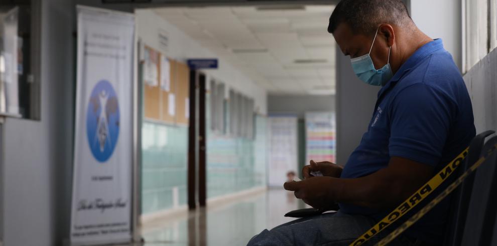 Un paciente en el Complejo Hospitalario Dr. Arnulfo Arias Madrid de la Caja de Seguro Social (CSS)