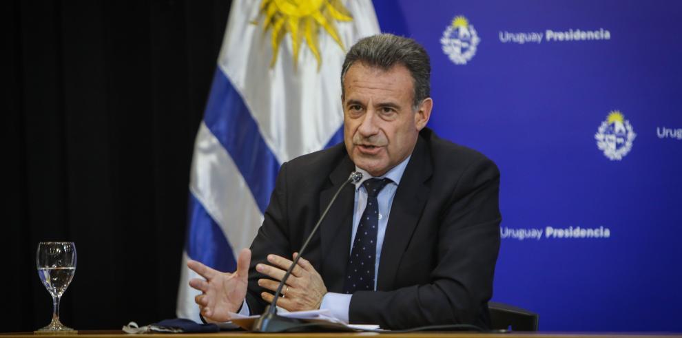 El ministro de Salud Pública de Uruguay, Daniel Salinas