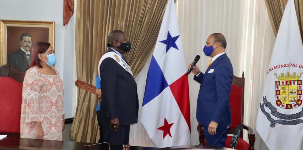 Senén Mosquera, nuevo presidente del Consejo Municipal de Panamá