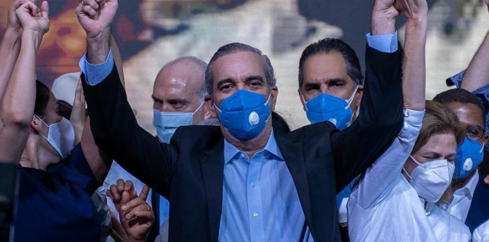 El líder opositor dominicano Luis Abinader