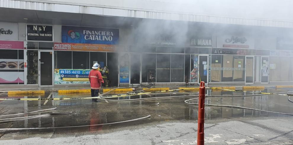 Incendio en Plaza Villa Zaita