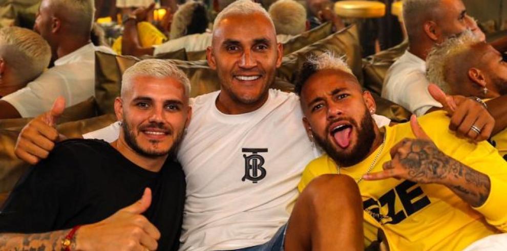 Mauro Icardi, Keylor Navas y Neymar en una fiesta en Ibiza